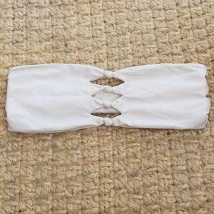 Mikoh bikini top small. Minor sand in material